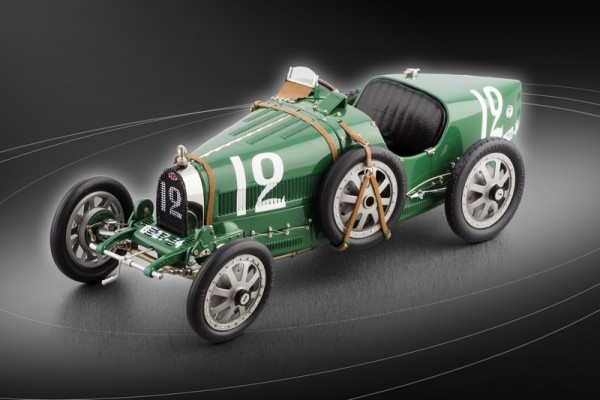 Bugatti T35 Nation Color Project - Großbritannien #12 LE 2000 St. CMC M-100 002