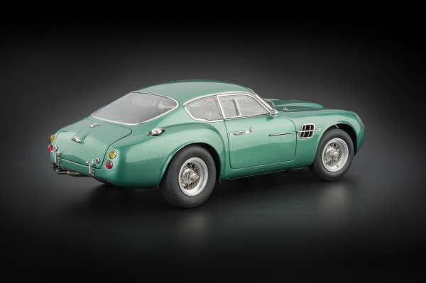 Aston Martin DB4 GT Zagato CMC M-132