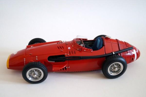 Maserati 250F #1 Fangio CMC M-064 LE