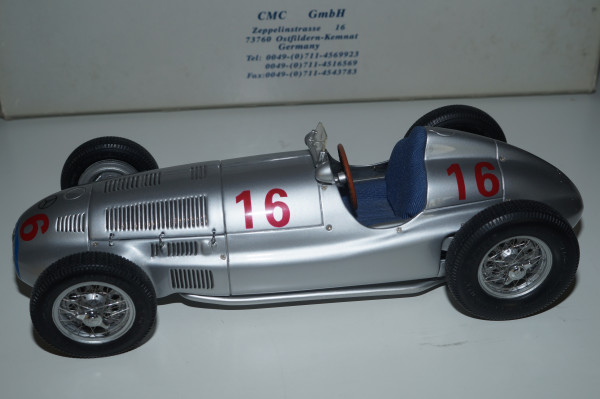 Mercedes-Benz W165 #16 Hermann Lang Sieger von Tripolis 1939 CMC M-035 LE 1.500 Stück