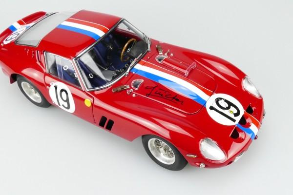 CMC Ferrari 250 GTO #19 Le Mans 1962 signed by Jean Guichet CMC M-174