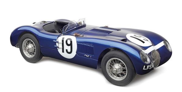 Jaguar C-Type #19 Ecurie Ecosse blue Steward/Sandersson CMC M-192 LE 1.500