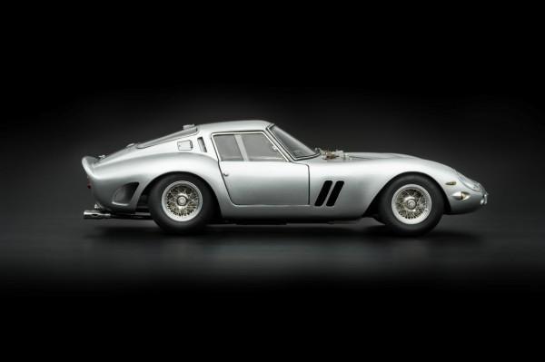 CMC Ferrari 250 GTO 1962 SILBER CMC M-151