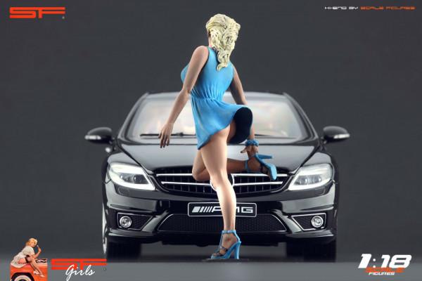 1/18 Girl in hurry BLUE DRESS von SF Scale Figures - Handarbeit -
