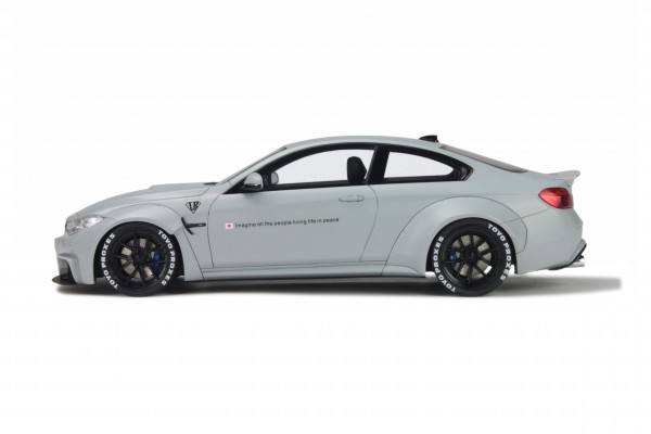 BMW M4 LB Performance 'Liberty Walk' grau Limited Edition GT Spirit GT099