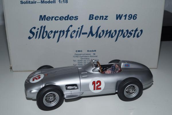 Mercedes-Benz W196 #12 Stirling Moss CMC M-042 LE 2.000 Stück